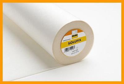 Solufix is een zelfklevend, in water oplosbaar vlies